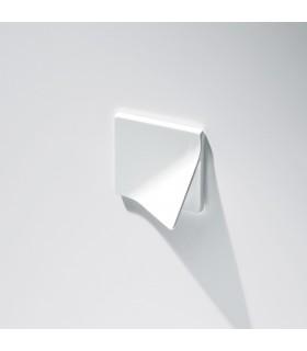 Poignée ligne Origami forme carré MB09142 par Confalonieri