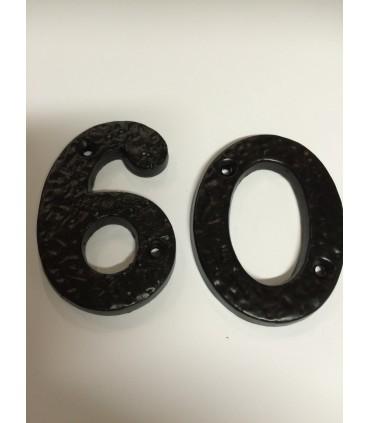 Chiffre découpé en métal noir hauteur 75 mm