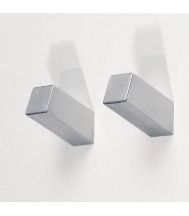 Patère S-Cube XL en inox finement brossé