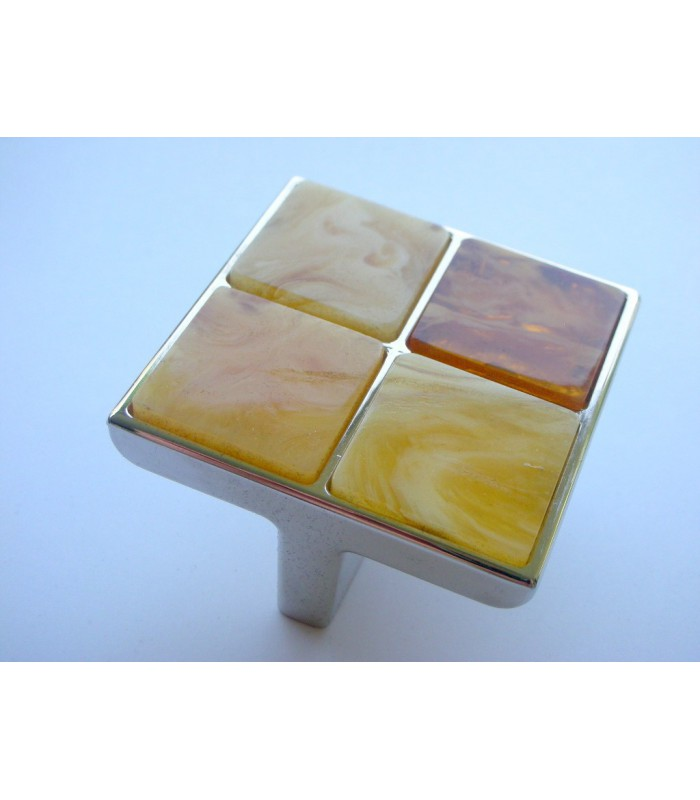 Poignée bouton ambre