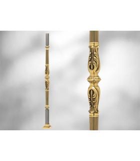 Poteaux sur embase avec élément décoratif mouluré