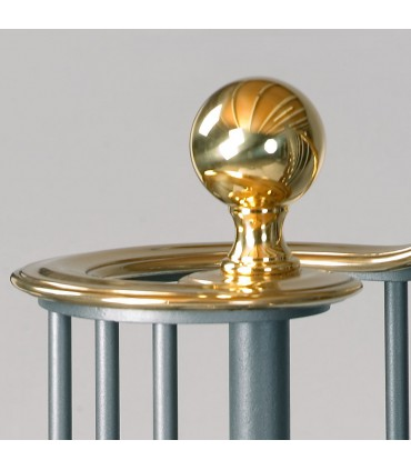 Elément décoratif forme boule pour départ de rampe d'escalier