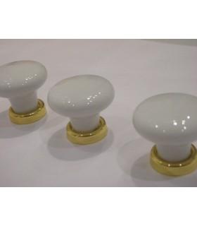 Bouton ovale en porcelaine blanche sur base doré