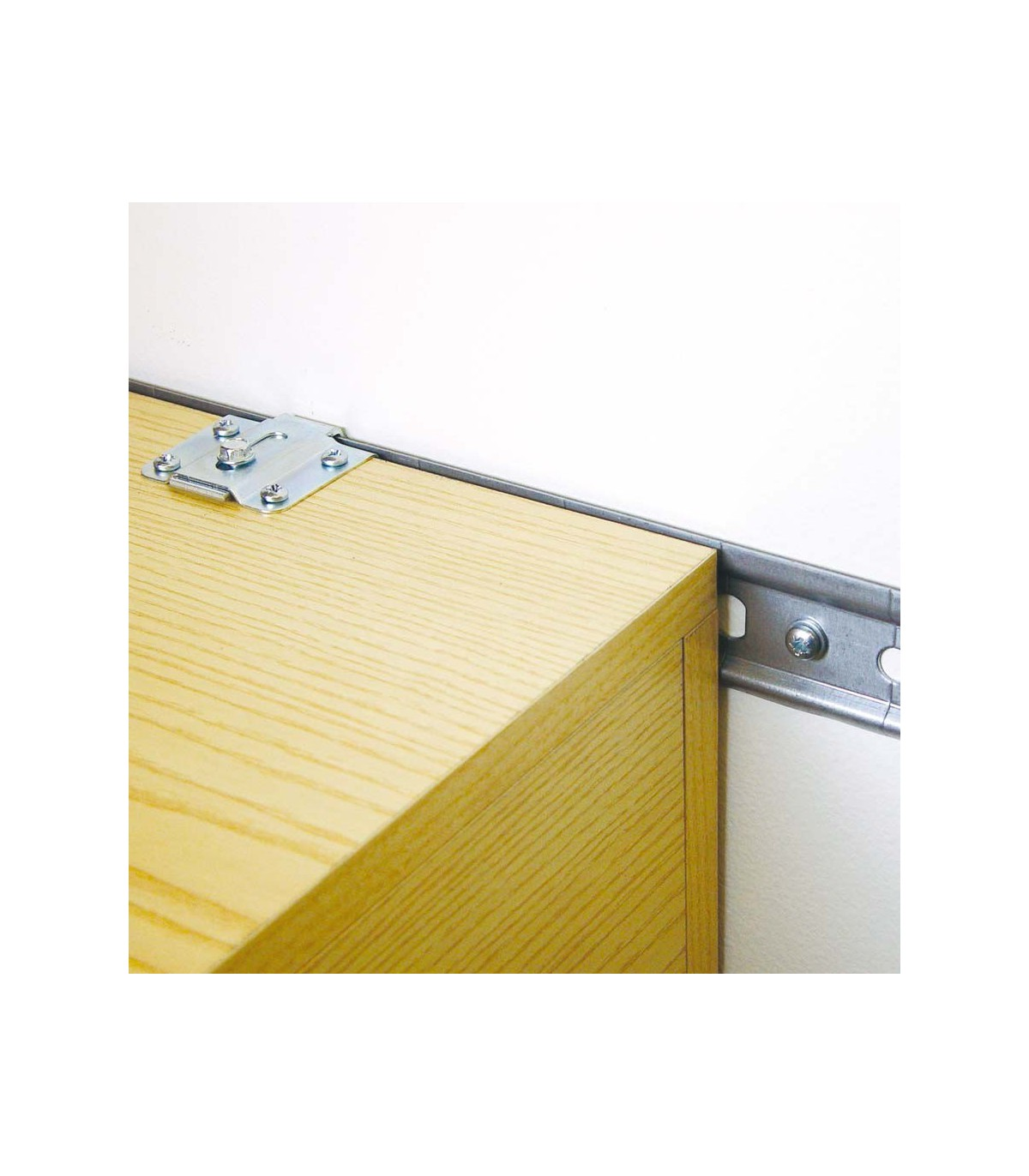 Rail De Fixation Longueur 1 Metre Pour Placards Hauts Amenagement